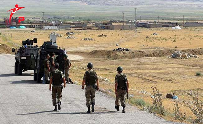 SON DAKİKA... Irak Tarafından Çukurca'ya Güdümlü Füze İle Terör Saldırısı!