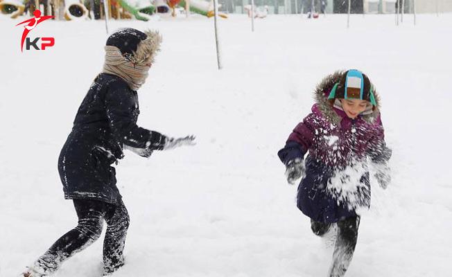 Niğde'de Kar Nedeniyle Okulların Tatil Olduğu İlçeler