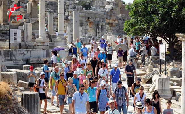 Türkiye'yi Ziyaret Eden Yabancı Sayısı Ekim Ayında Arttı