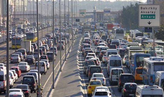 CHP'nin Eylemi Dolayısıyla İstanbul'da Bazı Yollar Trafiğe Kapatılacak