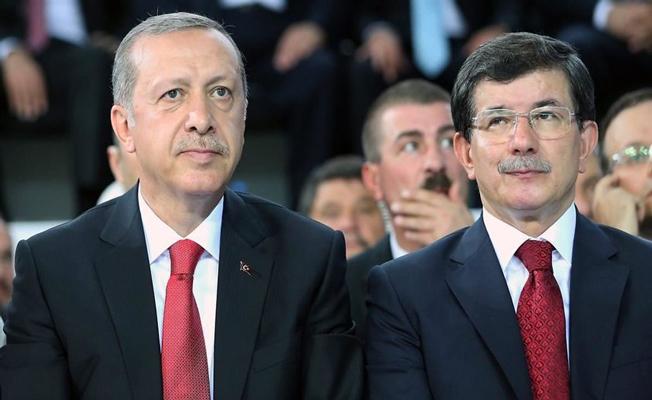 Eski Başbakan Ahmet Davutoğlu Merak Edilen Konulara İlişkin Önemli Açıklamalarda Bulundu