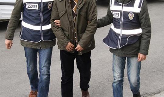 İzmir'de Sosyal Medya Üzerinde Terör Propagandası Yapanlara Tutuklama Kararı