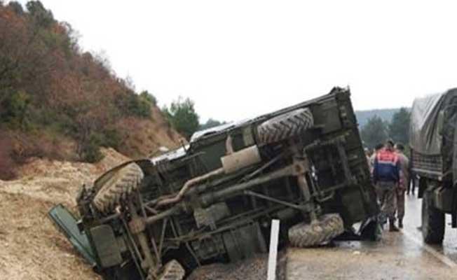 Van'da Askeri Araç Kaza Yaptı: Yaralı Askerler Var