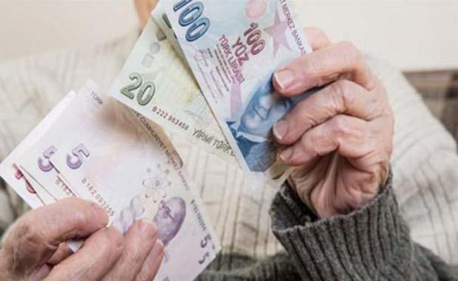 Yaşlılara Ödenen 65 Yaş Üstü Maaş 267 TL'den 500 TL'ye Yükseltildi