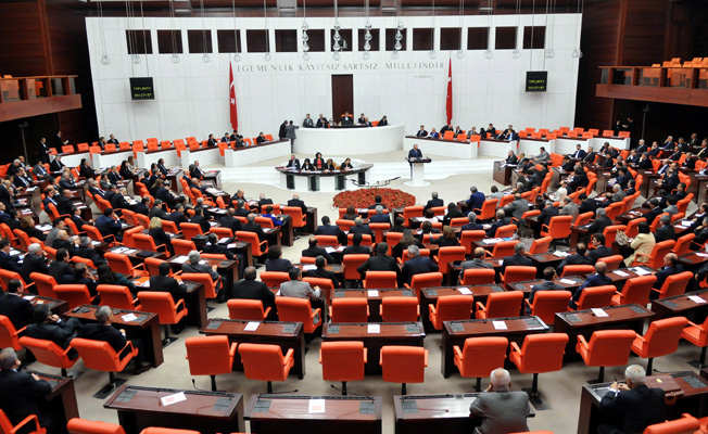 Borçların Yapılandırması ve Emekli Vatandaşlara İkramiye Tasarısı Meclis Genel Kurulunda