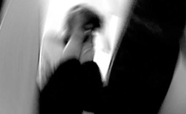 Cinsel Taciz Suçlamasından Tutuklu Yargılanan Öğretmen Cezaevinde İntihar Etti