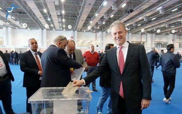 İZTO Eğitim ve Sağlık Vakfı'nın Yeni Başkanlığına Mahmut Özgener Seçildi