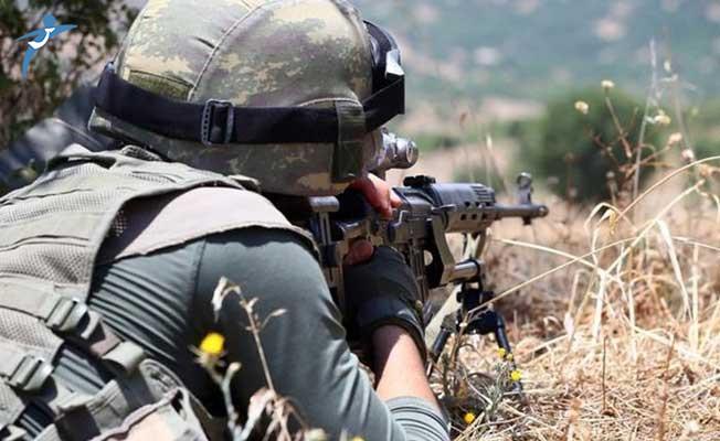 Saldırı Hazırlığındaki Teröristler Etkisiz Hale Getirildi ! İHA'ların Tespit Ettiği Görüntü Paylaşıldı