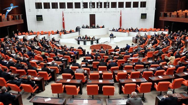 CHP'den İstifa Eden 2 Milletvekili Saadet Partisi'ne Geçti!