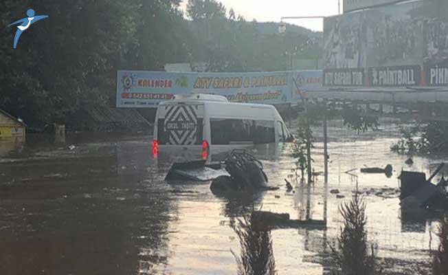 Kocaeli'de Sel Felaketi! Çok Sayıda Kişi Mahsur Kaldı