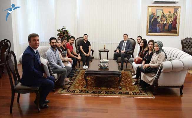 Atama Bekleyen Öğretmen Adaylarından Bakan Ziya Selçuk'a Twitter Üzerinden Teşekkür Kampanyası