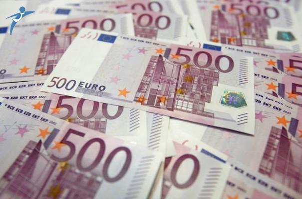 Euro Tarihi Rekorunu Kırdı! Kaç TL Oldu?