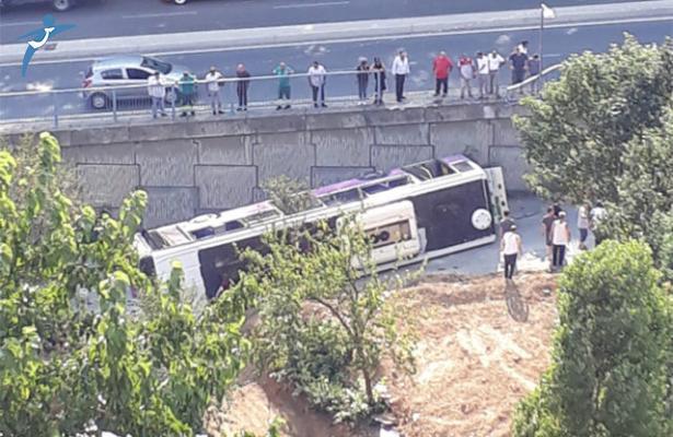 İstanbul Sarıyer'de Halk Otobüsü Devrildi!