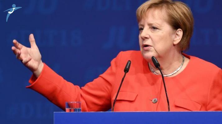 Almanya Başbakanı Merkel Yeniden Aday Olmama Kararı Aldı !