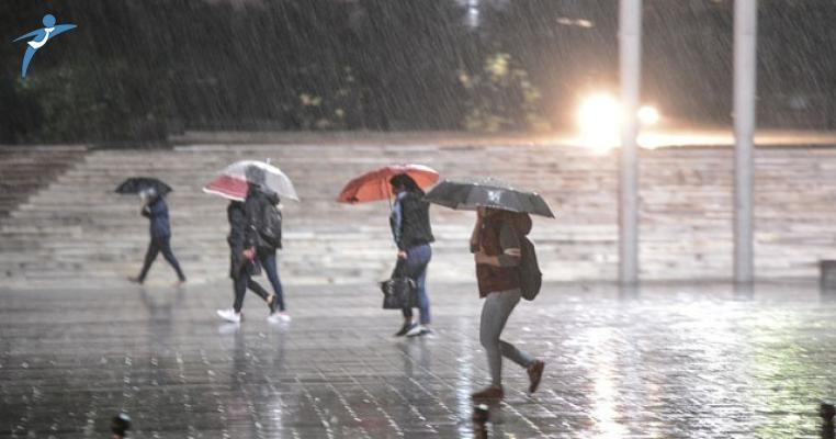 Meteoroloji İstanbulluları Uyardı ! Sağanak Yağış Geliyor