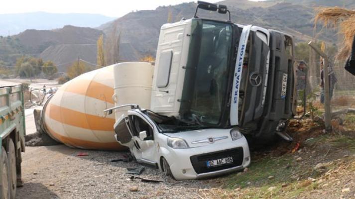 Adıyaman Beton mikseri kazası- 2 yaralı