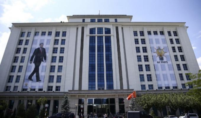 AK Parti'li 800 Belediye Başkanı Adaylık Başvurusu Yapmayacak