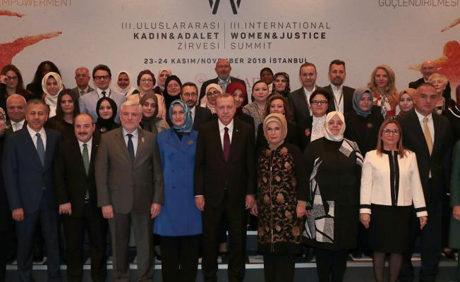 Cumhurbaşkanı Erdoğan 3. Uluslararası Kadın ve Adalet Zirvesinde çok önemli açıklamalar yaptı