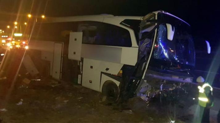 Niğde'de Feci Otobüs Kazası: Çok Sayıda Yaralı Var !