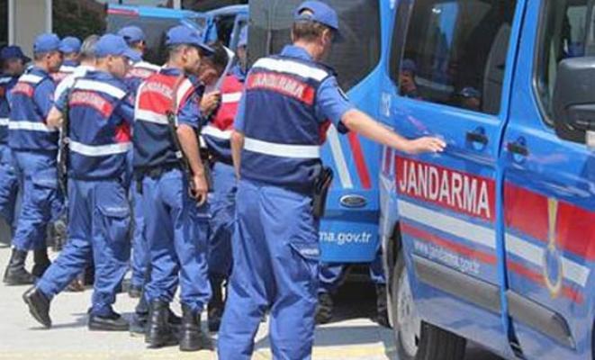 Antalya'da Alman turistleri vergi borcunuz var diye dolandıran çete çökertildi