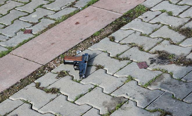 Balıkesir Bandırma'da çıkan silahlı kavgada 2 kişi hayatını kaybetti