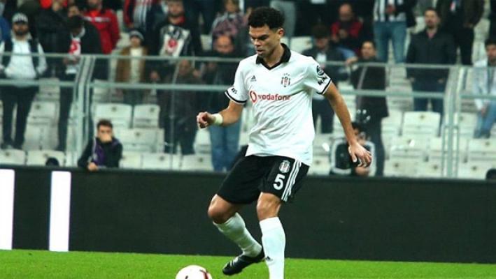 Beşiktaş Kulübü, Portekizli yıldızı Pepe ile yollarını ayırdı