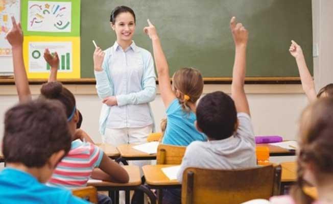 Çalışan ve Emekli Öğretmenler Dikkat! Maaşlarda Artış Yaşanacak