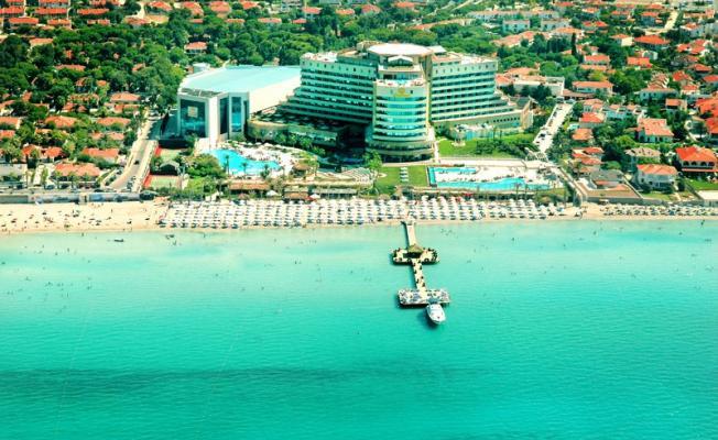 ÇEŞTOB Çeşme Otelciler Birliği Başkanı Yakup Demir'den uyarı! ''Çeşme'de otel rezervasyonu için geç kalmayın''