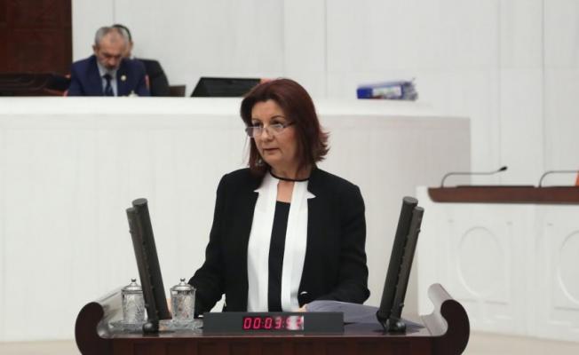 CHP'li KARABIYIK, Türk kadınına seçme ve seçilme hakkı yıldönümünde konuştu
