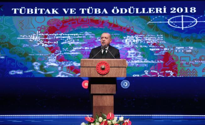 Cumhurbaşkanı Erdoğan, TÜBİTAK ve TÜBA Ödülleri Töreni'nde konuştu