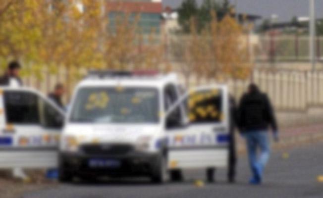 Diyarbakır'da Polis Aracına Saldırı Düzenlendi! Yaralı Polisler Var