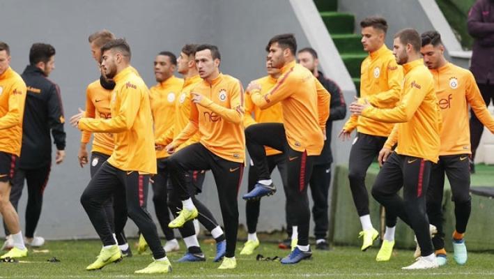 Galatasaray, Keçiörengücü maçı için Ankara'ya gitti