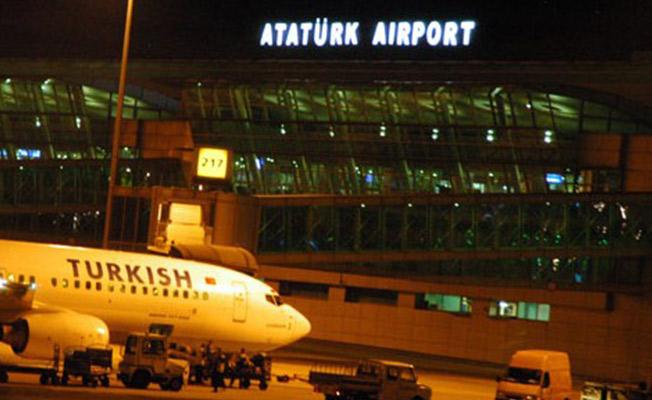 İstanbul'da Hava Ulaşımına Lodos Engeli! Seferler Durma Noktasına Geldi!