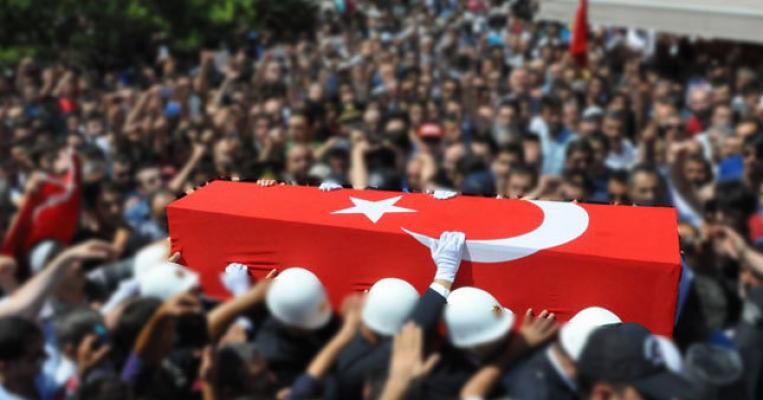 İstanbul TEM Otoyolunda Dehşet: Şehidimiz Var