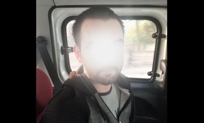 İzmir'in Karabağlar ilçesinde internetten binlerce kişiyi dolandıran şüpheli yakalandı