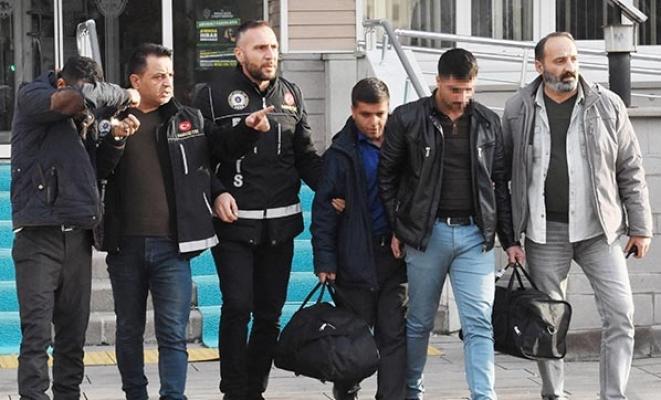 Kırıkkale Ankara otobüs seferinde yapılan kontrollerde eroin ele geçirildi
