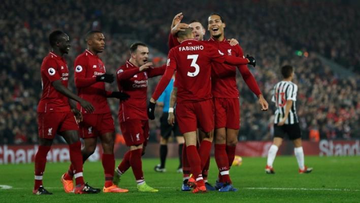 Liverpool, kendi evinde Newcastle'i mağlup ederek liderliğini sürdürdü