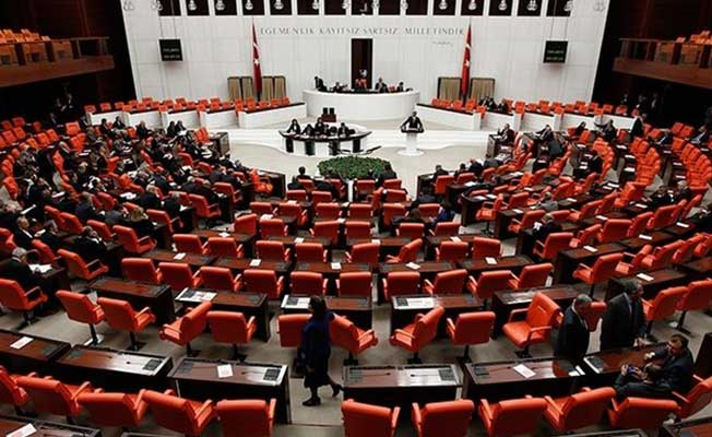 Mecliste Ne Mutlu Türküm Diyene Tartışması