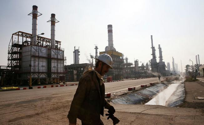 Rekor çöküş: petrol neden bir buçuk yıl içinde asgariye indi?