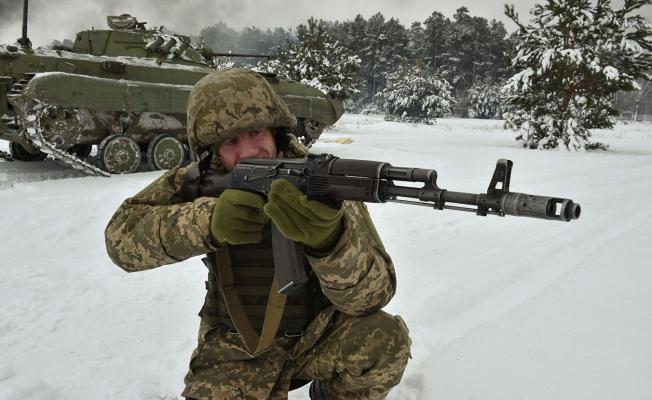 Rusya Dışişleri Bakanlığı, Ukrayna ordusunun Donbass'taki savaşa geçişine izin verdi