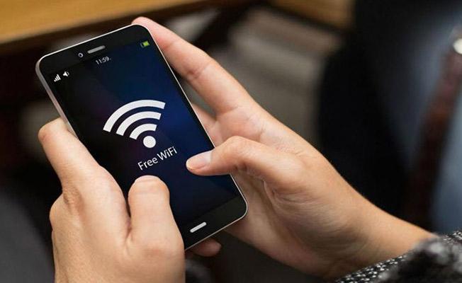 Türkiye'ye Gelen Suriyeli Mültecilerin İlk Sorusu Wi-Fi Şifresi
