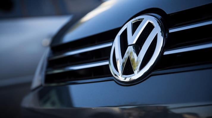 Volkswagen emisyon ile ilgili sorunlar yaşamaya başladı