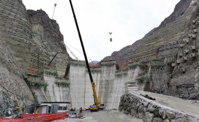 Yusufeli barajı ile yaklaşık 600 bin kişinin elektriği karşılanacak!