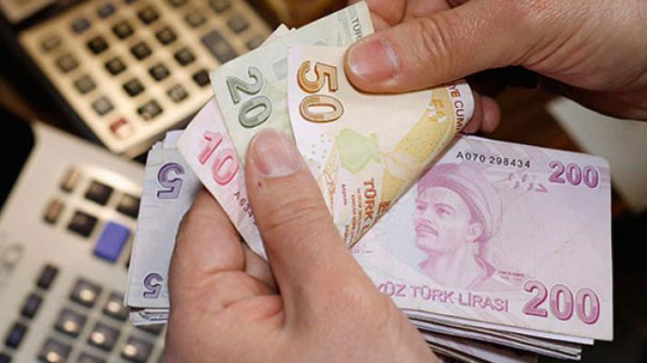 AK Parti'den Asgari Ücret Hamlesi: En Az 2 Bin 500 TL Olacak