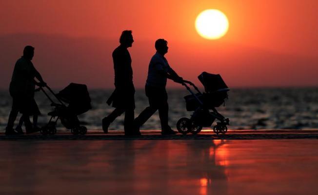 Mutluluğun formülü; evli, çocuklu ve iş sahibi olmak