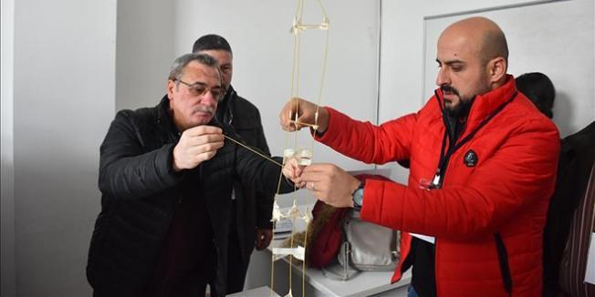Öğretmenlere STEM Eğitimi Veriliyor