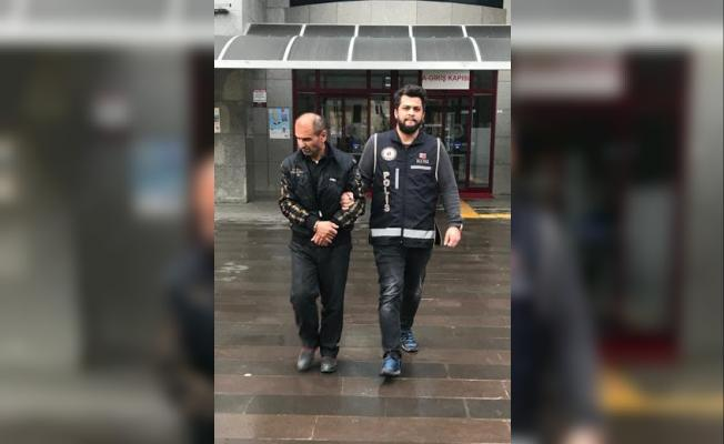 Antalya'da kaçak silah operasyonu