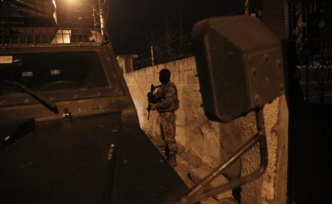 GÜNCELLEME - Adana'da terör örgütü PKK'ya şafak baskını
