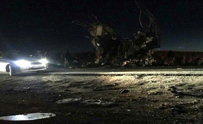 İran'da Devrim Muhafızları otobüsüne intihar saldırısı: 20 ölü