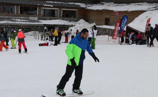 Kartalkaya'da kayak keyfi bahara kadar sürecek